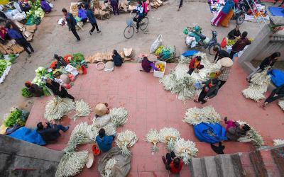 Phiên chợ cuối năm chỉ họp 3 tiếng trong ngày ở Hà Nội