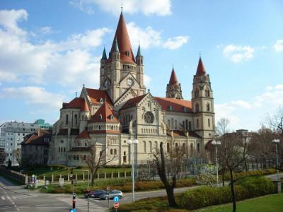 Lạc vào thế giới của những tòa lâu đài ở thủ đô Warsaw, Ba Lan