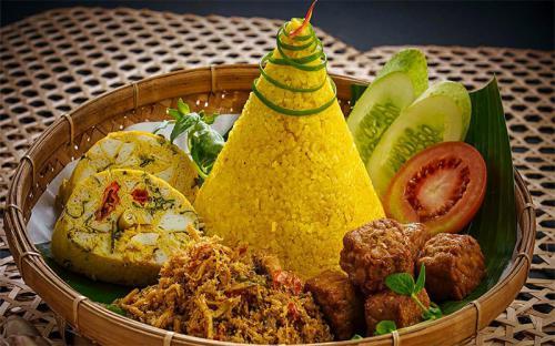 Độc đáo, lạ miệng với những món ăn của Indonesia
