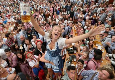 Đến thành phố Munich uống bia thả cửa