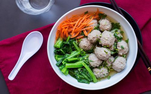 Đến Indonesia thưởng thức món súp basko vạn người mê