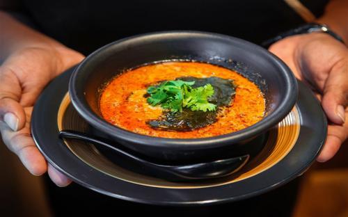 Đi tìm hương vị ẩm thực Peranakan ở Singapore