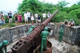 Pháo đài Thần Công - một chứng tích oai hùng
