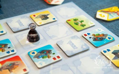 Những quán cà phê Board Game tại Hà Nội dành cho hội bạn thân