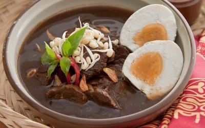 Rawon – món ăn truyền thống của Indonesia