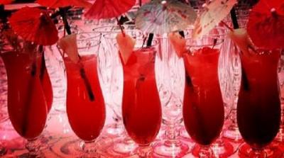 Giải khát mùa hè với ly cocktail Singapore Sling