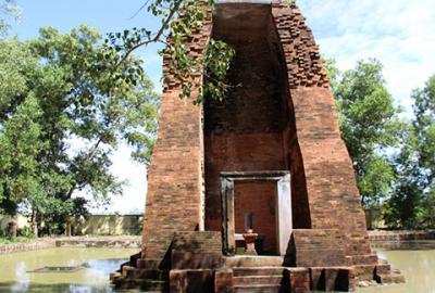 Vĩnh Hưng - Tháp cổ nghìn năm tuổi ở miền Tây