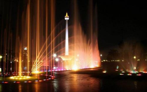 Vi vu Jakarta tham quan những địa điểm thú vị