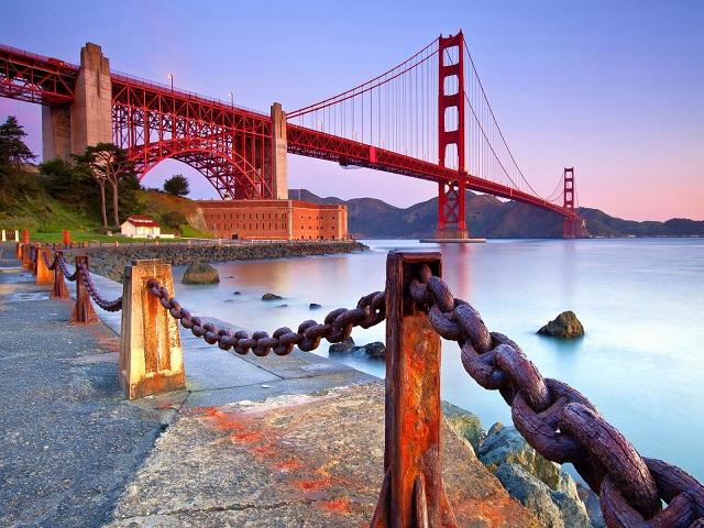 Cầu Cổng Vàng niềm tự hào của vịnh biển San Francisco