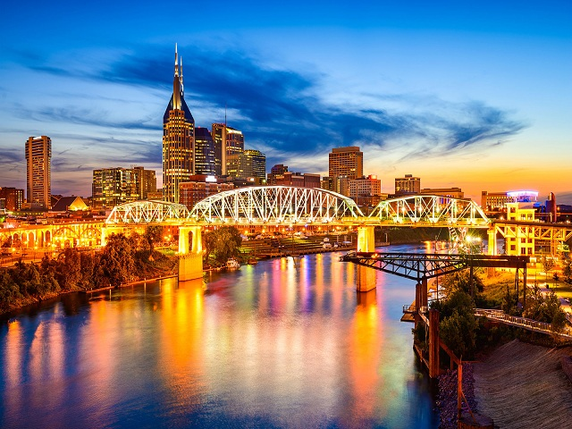 Nashville nổi tiếng là thành phố sôi động với cuộc sống về đêm