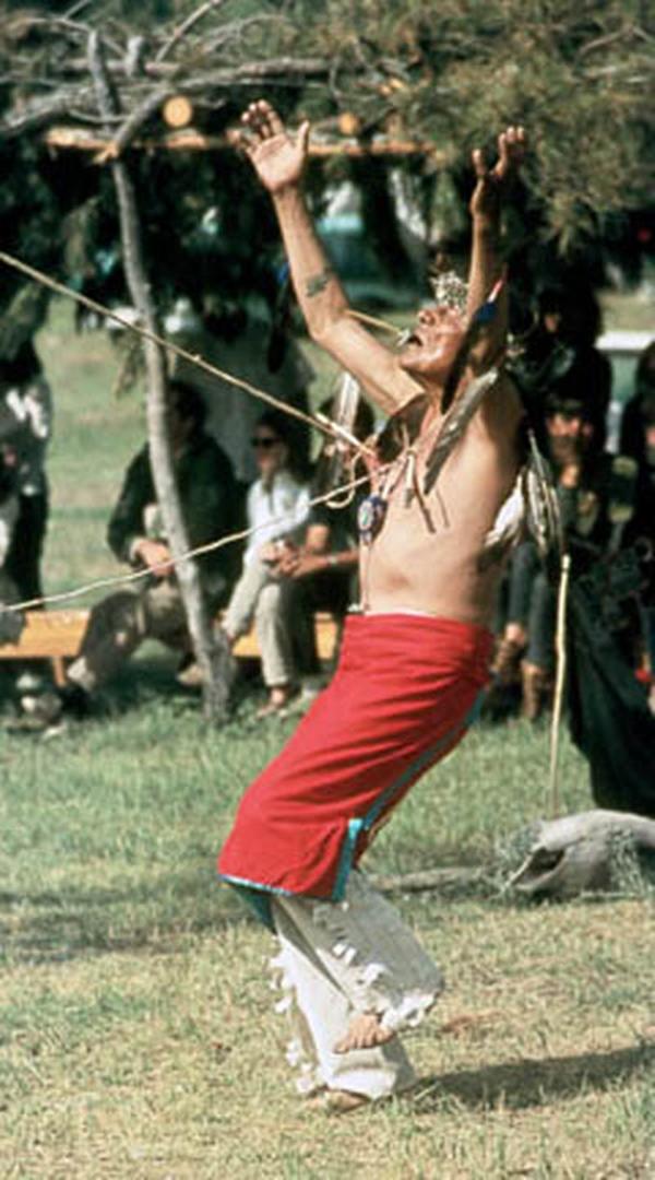 Lễ hội Sun Dance – các bộ tộc Bắc Mỹ