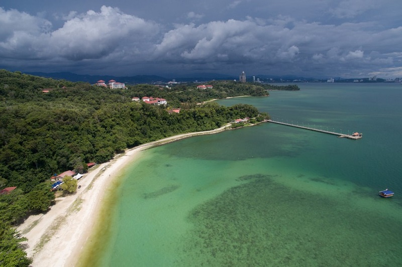 Ảnh chụp từ trên cao của bãi biển UMS ODEC