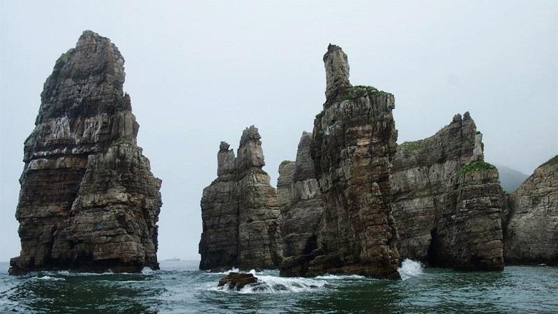Vách đá Bun Bawui ở đảo Socheong