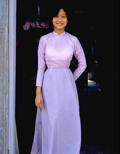 Phụ nữ Việt xưa trong tà áo dài5