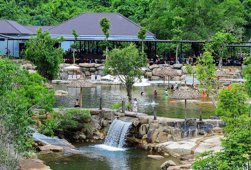 Bạch Mã Village – điểm check-in hót hòn họt ở Huế