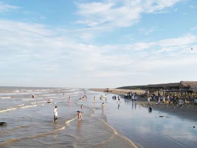 """Thái Bình nên phát triển du lịch """"biển hay làng"""""""