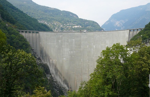 Đập Verzasca, Thụy Sĩ