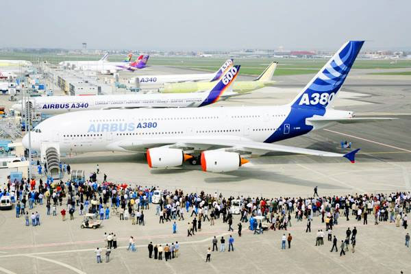 Các con số thú vị về máy bay và du lịch đường không