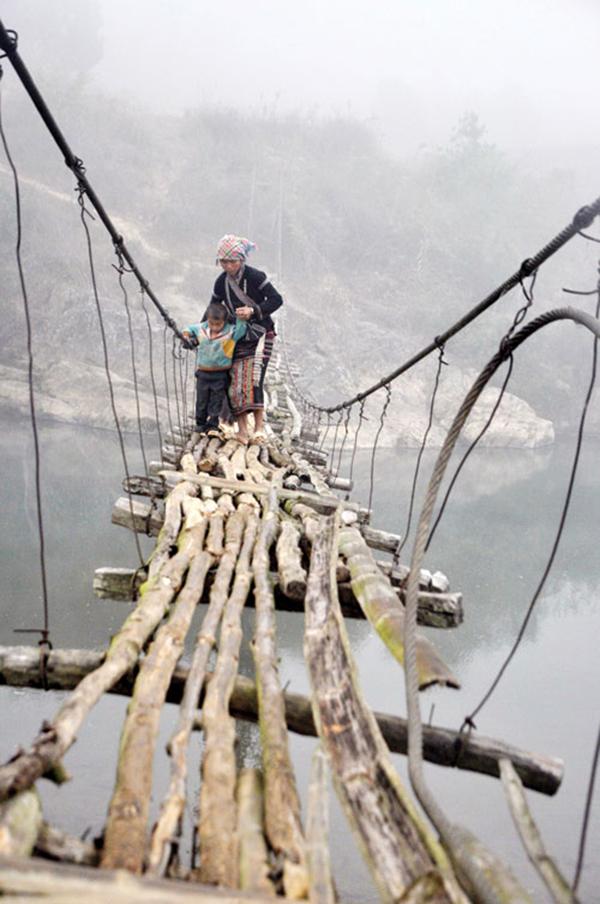 Những chiếc cầu treo đáng sợ nhất Việt Nam10