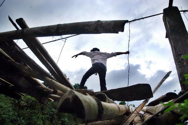 Những chiếc cầu treo đáng sợ nhất Việt Nam5