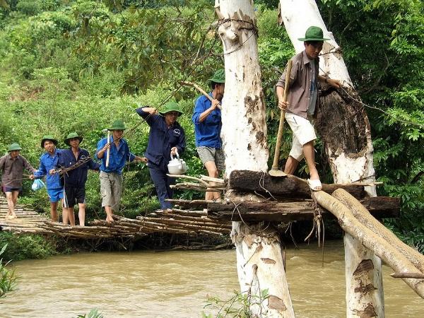 Những chiếc cầu treo đáng sợ nhất Việt Nam8
