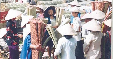 chợ chiếu Yên Định