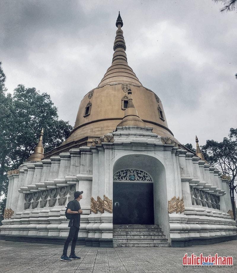Kiến trúc độc đáo bên trong chùa