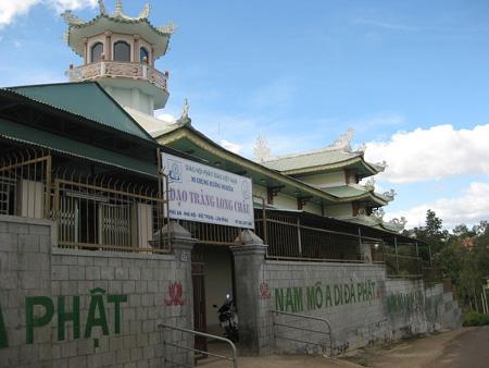 Đến nơi có nhiều chùa nhất Việt Nam