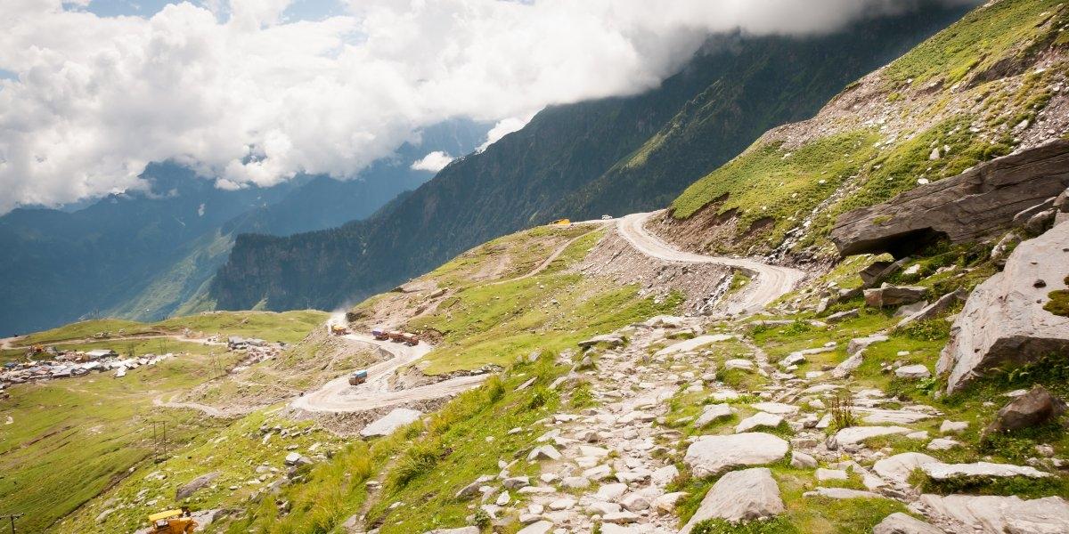 Con đường quanh đèo Rohtang của Ấn Độ