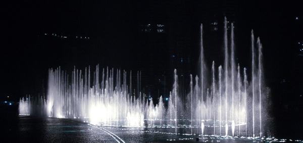 Đài phun nước lớn nhất thế giới6