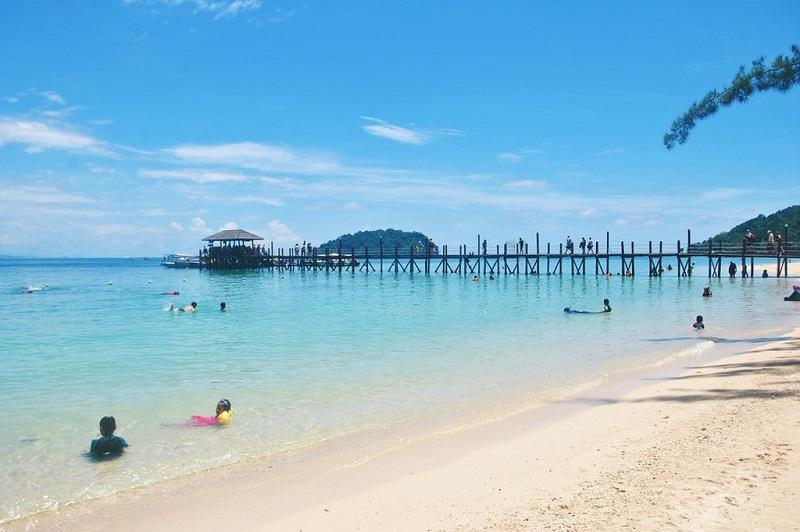 Bạn có thể mang thiết bị lặn biển của riêng bạn đến Đảo Manukan