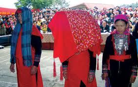 Tục lệ kiêng cữ trong lễ cưới của người Dao đỏ