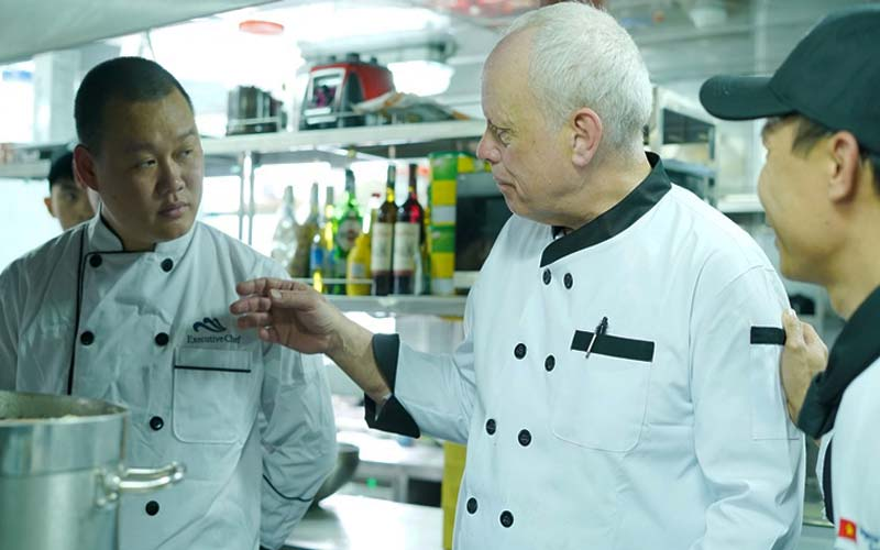 thực đơn đặc biệt từ đầu bếp Michelin