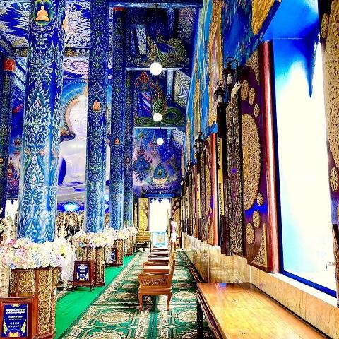Hành lang tuyệt mỹ của ngôi đền