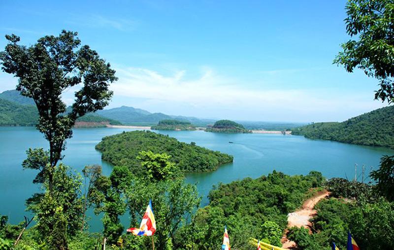 5 điểm du lịch tuyệt đẹp ở Huế nhưng không phải ai cũng biết