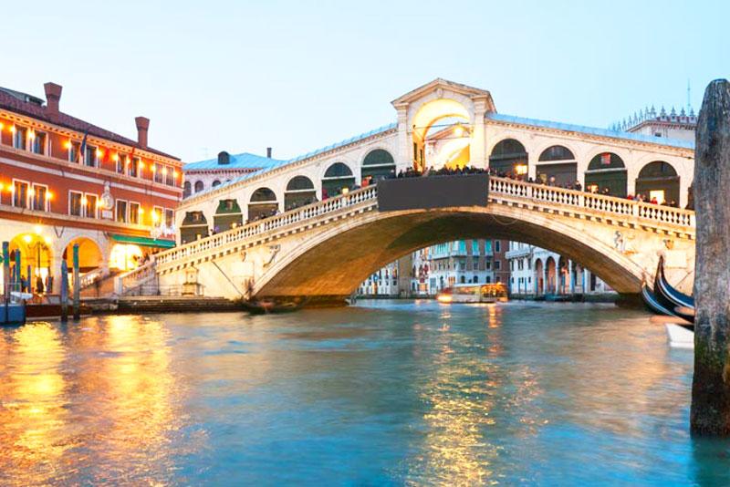 Những cấm đoán lạ lùng ở Venice – Ý