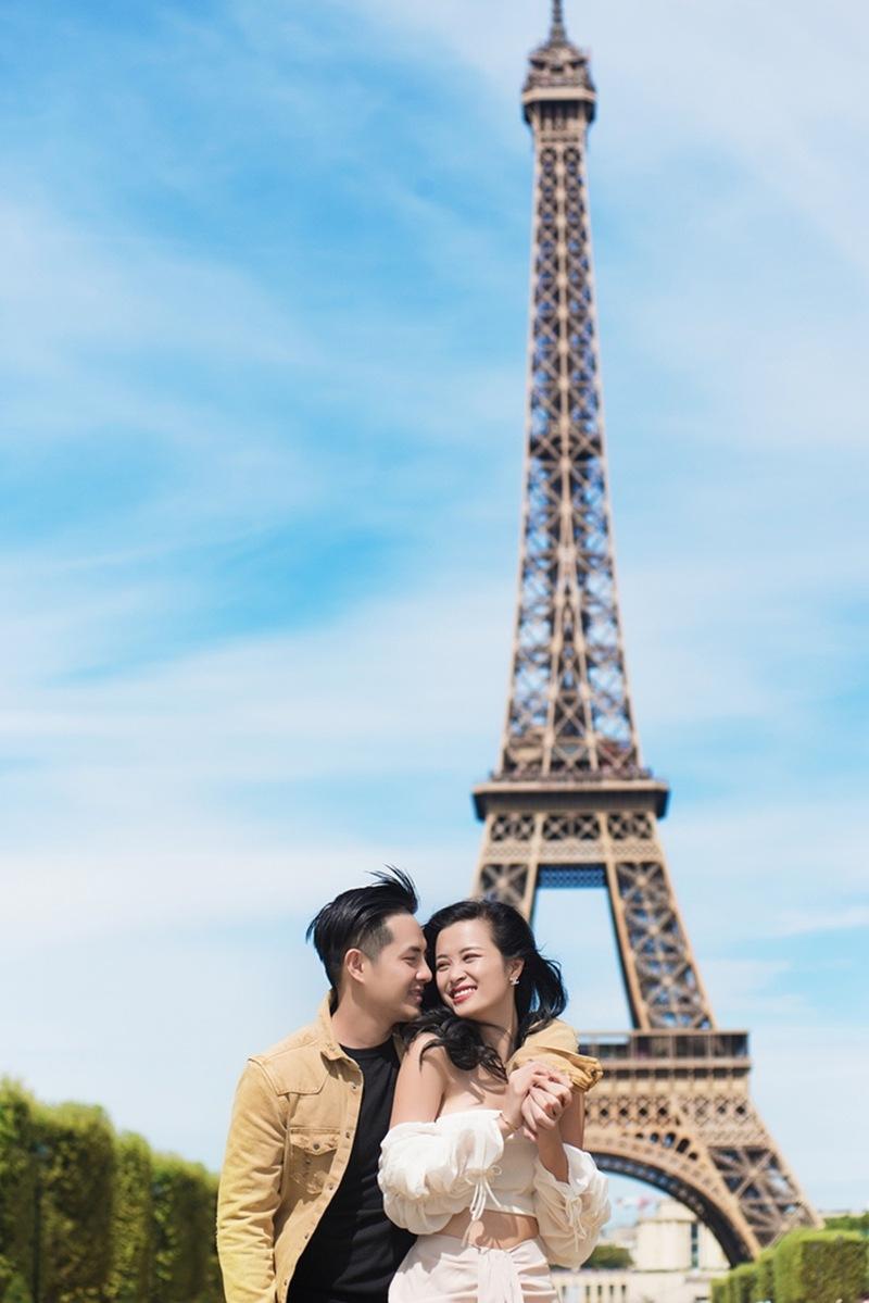 Lãng Mạn ở Pari
