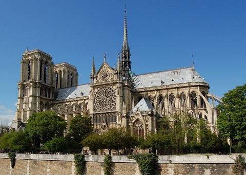 Nhà thờ Đức Bà điểm du lịch nổi tiếng ở Pháp