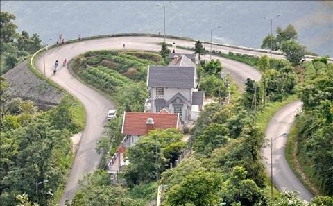 Cung đường ngoằn ngèo Tam Đảo