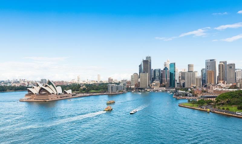 Cảng Sydney trong nắng vàng mùa thu