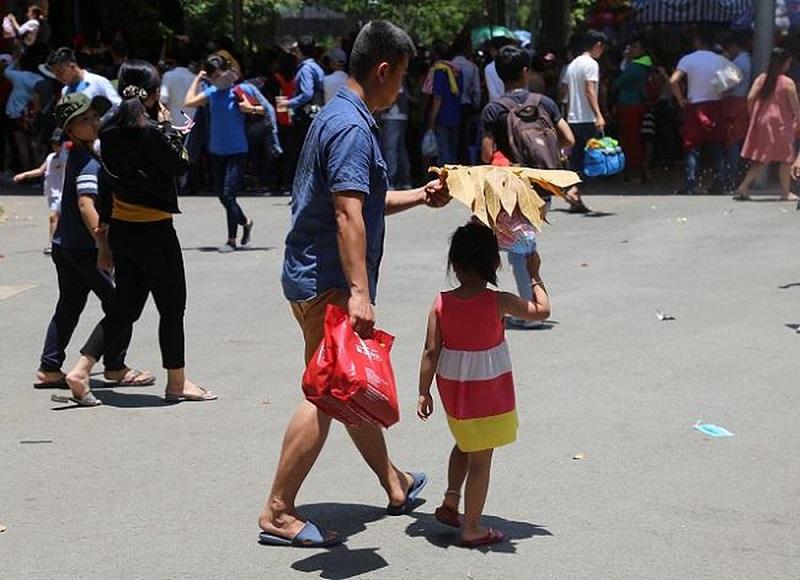 ngộ độc thức ăn khi du lịch mùa nắng nóng