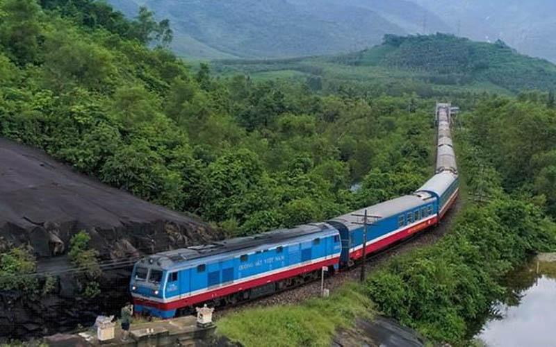 Đường sắt Bắc- Nam lọt top 10 tuyến đường sắt đẹp nhất thế giới