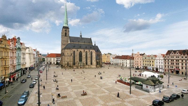 Châu Âu: Đi đâu để tránh điểm nóng du lịch hè này?