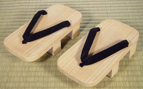 guốc gỗ Nhật Bản2
