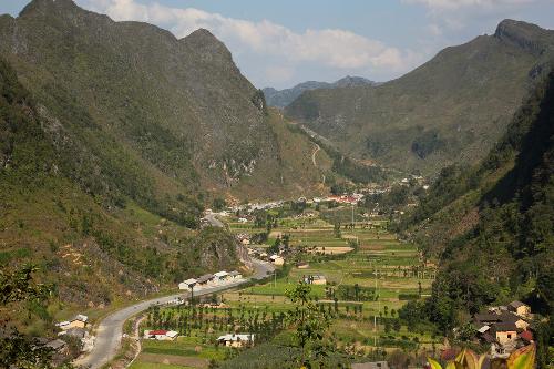 Quyến rũ con đường Hạnh Phúc ở Hà Giang