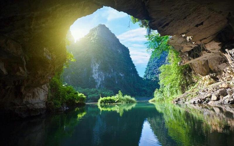 Top hang động đẹp nhất Việt Nam theo CNN