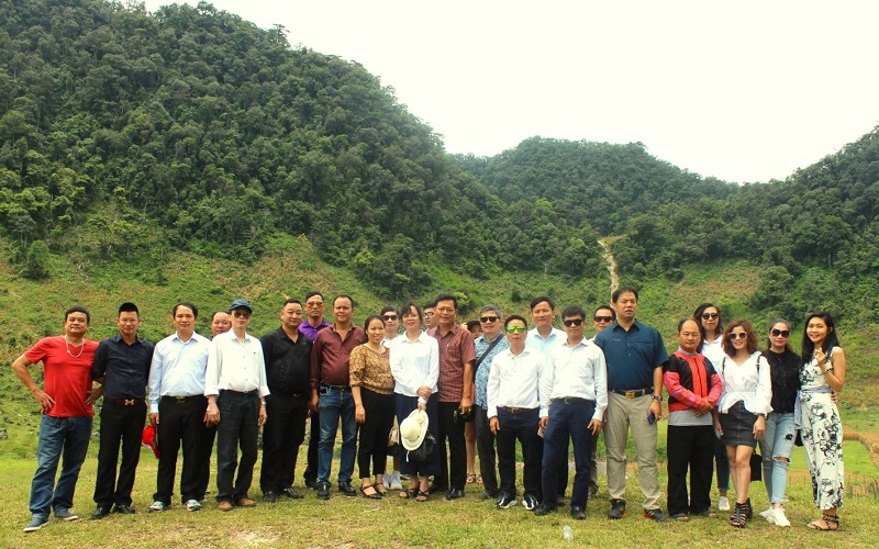 Đoàn công tác của TCDL trong chương trình khảo sát và giới thiệu