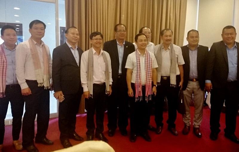 Đoàn CB Lãnh đạo Bộ Du Lịch Camphuchia đến làm việc với với đạo UBND TP Đà Nẵng và giới thiệu du lịch Camphuchia