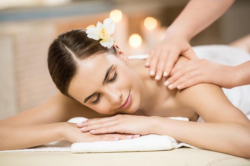 Massage bằng socola