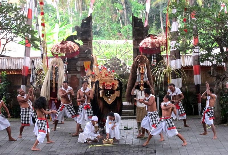 Điệu múa truyền thống Barong